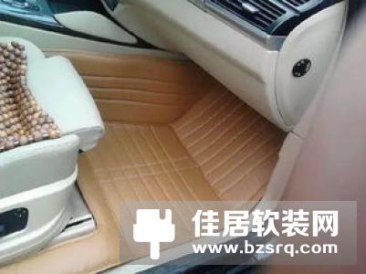 防滑脚垫如何清洗 汽车防滑脚垫买什么材质好
